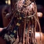 32 Namibia- Himba acconciatura donna